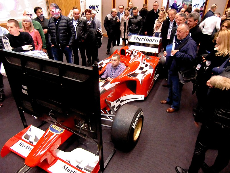 Simulator Formel 1 Gruppe Hausevent